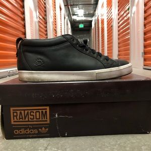 adidas Shoes - Adidas Ransom Valley Low Black sz. 8